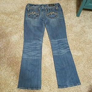 Miss Me jeans with no sparkle details
